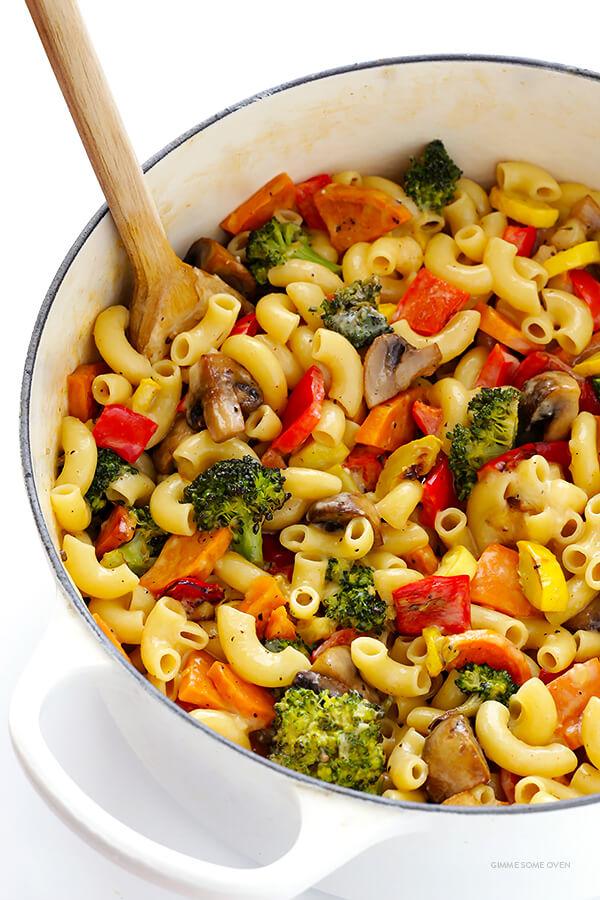 restovana-zelenina-makarony-recept
