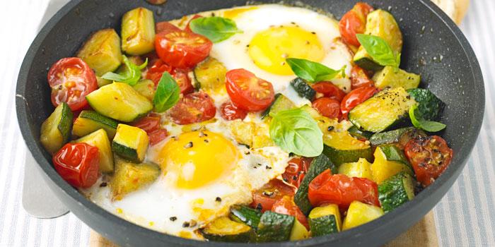 letne-vajicka-so-zeleninou-recept