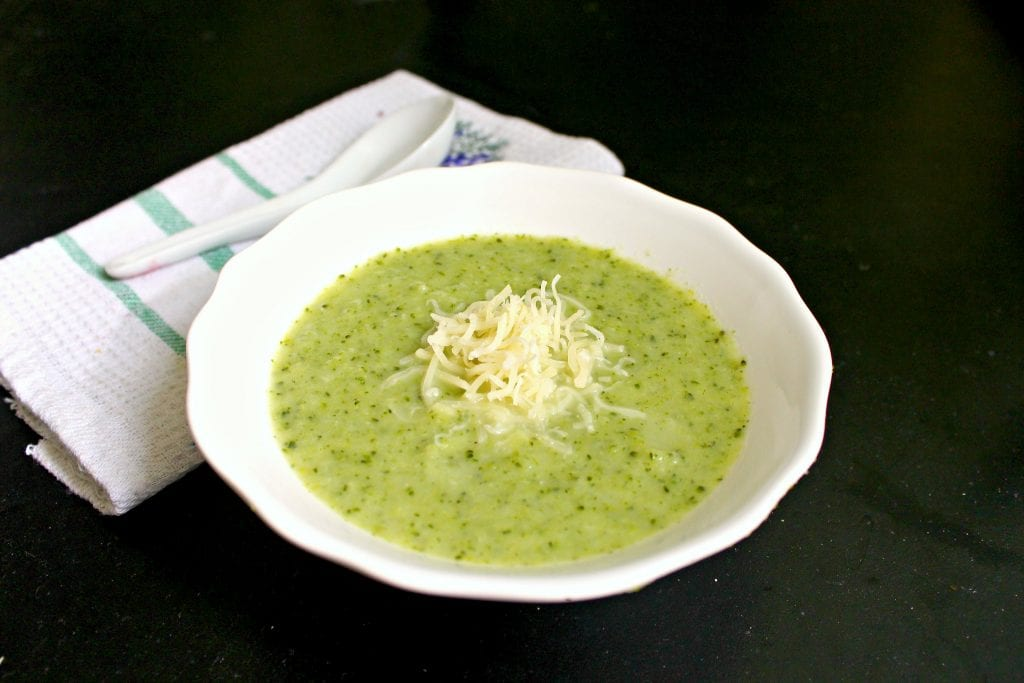 Brokolicova-polievka