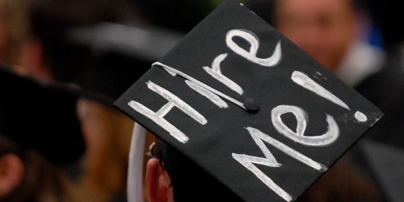 Čo musíš spraviť po skončení školy – povinnosti voči úradom a štátu